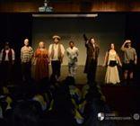 Xaverianos do Ensino Médio assistem peça A Cidade e as Serras