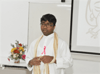 Colégio São Francisco Xavier recebe a visita de jesuíta indiano