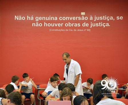 Conheça o Programa Bilíngue do Colégio São Francisco Xavier