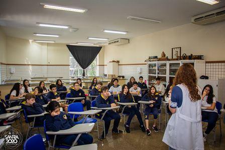 Xaverianos dos 8º anos fazem roda de conversa sobre o Espaço Sideral