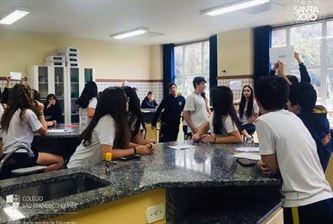 Xaverianos dos 8º anos estudam grandes mitos da Biologia e demais ciências