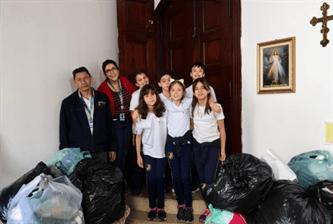 Entrega das doações da Campanha do Agasalho