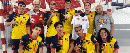 Futsal conquista medalha de ouro