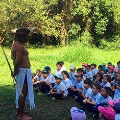 Os indígenas e suas culturas