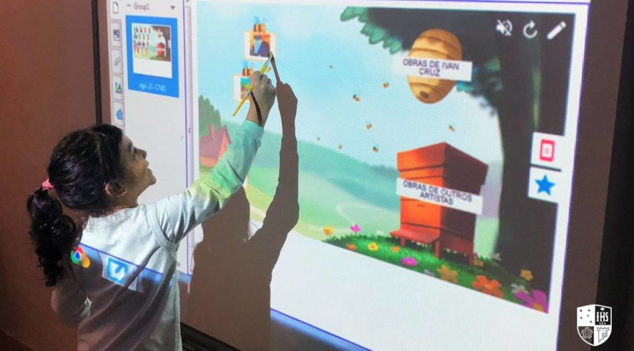 A tecnologia como coadjuvante no ambiente de aprendizagem